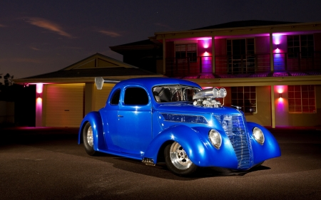 Nitelife - kustom, hot rod, cruiser, street rod