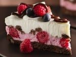 Chocolate-Berry Youghurt Slice