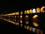 Isfahan 33Pol