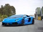 Blue Chrome - Lamborghini Aventador