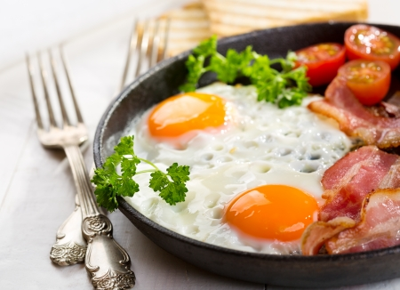 Fried egg and bacon - egg, breakfast, bacon, food