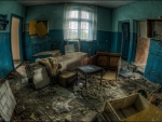 abandoned decaying interior hdr