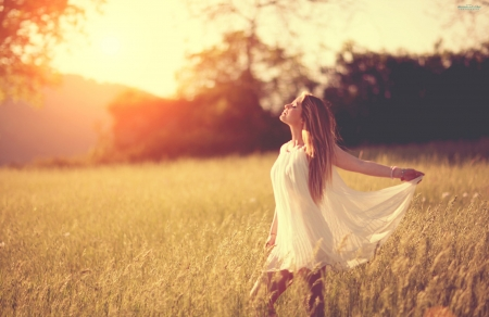 Feelin' Free ♥ - free, beautiful, sunset, woman, photography, girl, summer, beauty, field