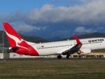 Boeing 737NG (VH-XZF) Qantas