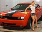 Sexy Girl washing a Donge Challenger