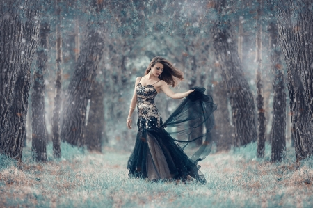 Beautiful Lady ♥ - forest, beautiful, woman, dancing, tree, snowflake, photography, girl, beauty, dance