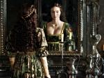 Eleanor Tomlinson as Isabel Neville