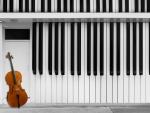 Piano bass