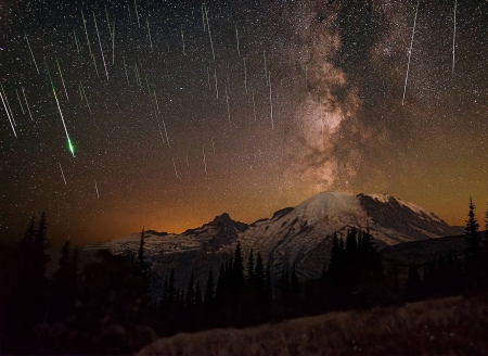 Meteors and Milky Way over Mount Rainier - stars, fun, cool, galaxies, space