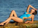 Swimsuit Model ~ Suzanna