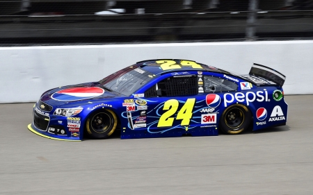 #24 Jeff Gordon Pepsi Paint - photo, champion, NASCAR, racing, driver, Jeff Gordon, 24, Pepsi, photography, auto, wide screen, Gordon