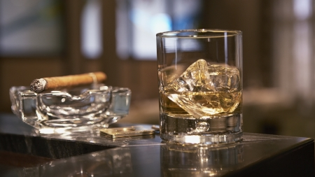 Cigar & Whiskey - ice, whiskey, style, cigar