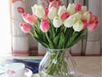 tea time with tulips