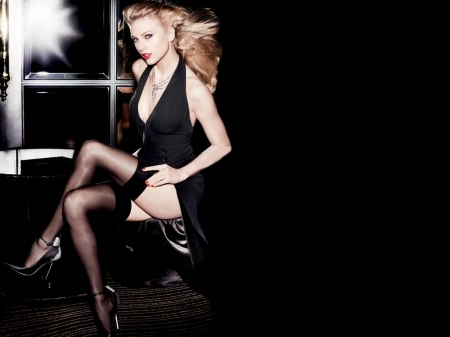 Taylor Swift - model, legs, black white, beautiful, singer, heels, Taylor Swift, stockings, Swift, actress, wallpaper, Taylor, Vanity Fair, 2015