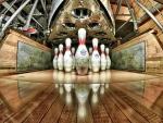 bowling pins hdr