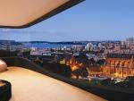 wonderful livingroom balcony