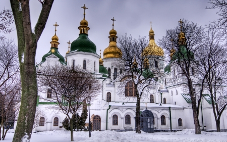 saint sophia cathedral in kiev in winter - cathedral, gold, orthodox, domes, winter
