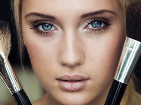Makeup girl - beauty, blond, brushes, blue eyed
