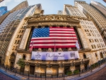 flag on ny stock exchange in fisheye hdr