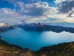 gorgeous mountain lake in canada