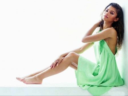 date models zendaya