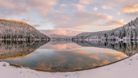 winter reflecting in a mirrored lake - forwsts, winter, hills, clouds, lake, reflections