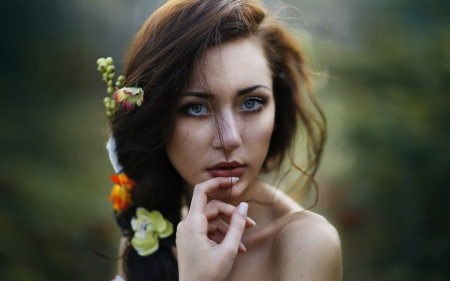 Pretty Girl - brunette, blue eye, girl, flower in hair