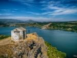 lake Pchelina