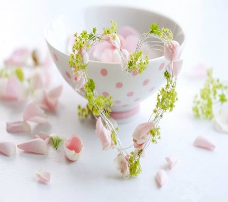 Sweet Cup - art, dots, beautiful, soft, abstract, cute, green, heart, cup, beauty, petals, white, pink