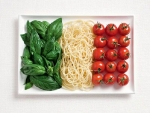 Italian Flag : Basil, pasta, and tomatoes