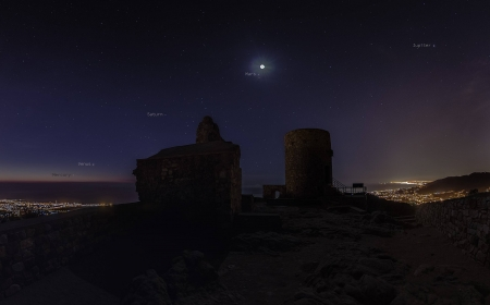 Five Planets at Castell de Burriac - planets, stars, fun, cool, moon, mountain, space