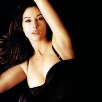 Monica Bellucci very sexy