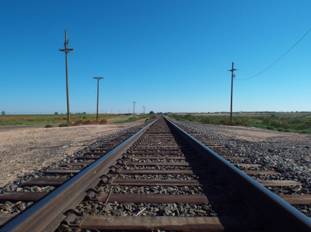 Lubbock Railroad Tracks 2 - High Definition, Perspective Views, Railroad Tracks, Desert landscapes