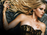 Avril Lavigne Paw Print