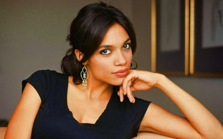 ROSARIO DAWSON - Singer, Songwriter, Movies, Actress