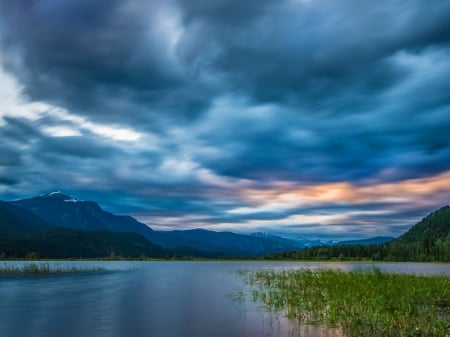Colombia River,Canada - mountains, nature, river, clouds, sky