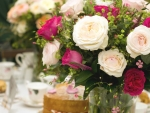 Alluring Pink & White roses