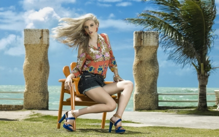 Beautiful legs! - hair, blonde, woman, short
