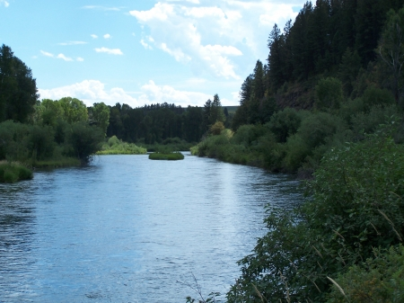 Snake River near Swan Valley, Idaho - Scenic, Mountains, Rivers, Fishing