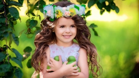 Little girl - apple, wreath, yellow, fruit, vara, girl, summer, copil, child, gren