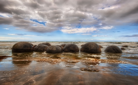 Moraki Boulders - shore, sun, christchurch, east, sea, beach, new zealand, bolders, Moraki, coast, natural