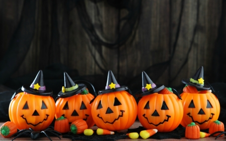 Pumpkin Witches and Candy - candy, hats, jack o lanterns, halloween, witches, spider, pumpkins