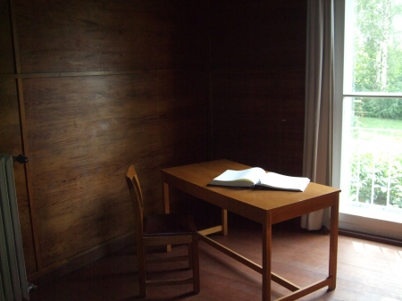 Quiet Study - architecture, study, table, quiet, book, modern, chair, room, writing