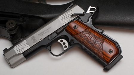 Smith & Wesson 1911 - Smith and Wesson, 1911, gun, classic
