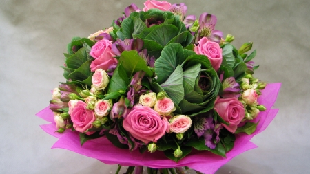 Beautiful Bouquet - leaves, bouquet, decoration, flowers, beauty, roses