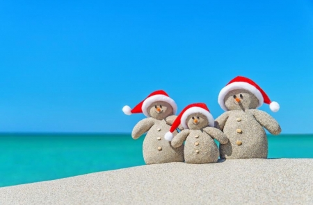 Hello from the tropics :) - Sand, snowmen, hats, christmas, beautiful, Tropics, sea, greetings, funny