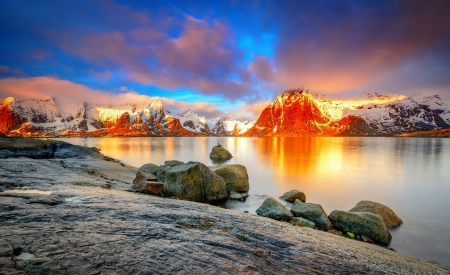 Sunset rocks - rocks, fiery, golden, beautiful, sunset, sky, lake, mountain, reflection, landscape