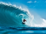 Surfing in Teahupoo