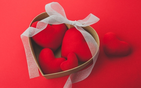 ♥ - red, ribbon, passion, box, white, hearts