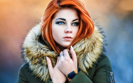 Gorgeous Face - hood, jacket, beauty, redheads, girl, fur